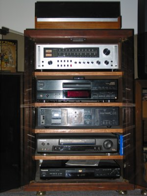 621.stereo.components.300x400.jpg